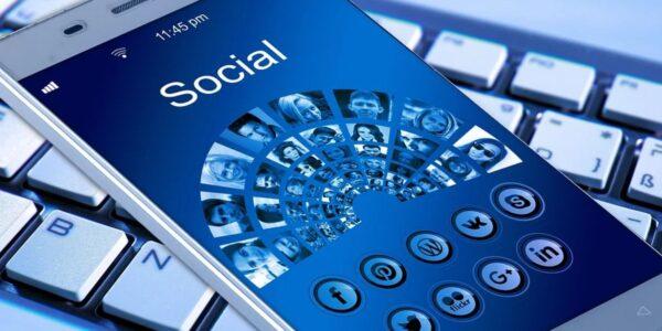 Redes sociales en el entorno de las pequeñas y medianas empresas